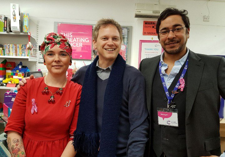 Grant visits Cancer Research UK in WGC