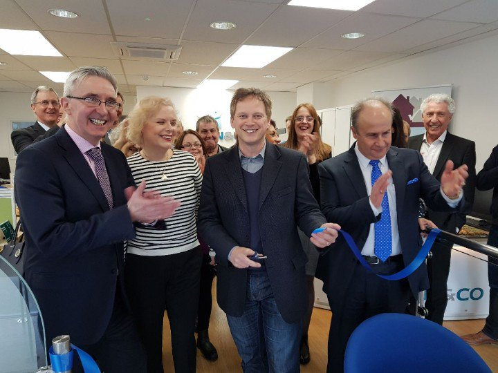 Shapps opens new Martin & Co branch in Welwyn Garden City