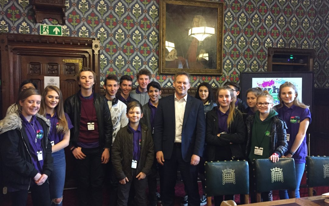 Welwyn Hatfield MP meets Youth Council in Parliament